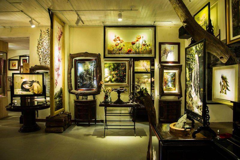 Tham quan Bảo tàng Nghệ thuật Thêu XQ Huế