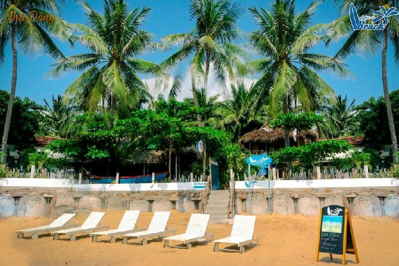 view gần biển từ Life's A Beach Quy Nhơn