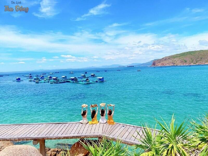 Tham quan Đảo Hòn Khô