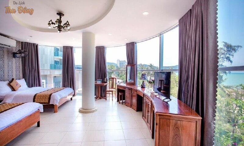 View từ khách sạn Ý Linh