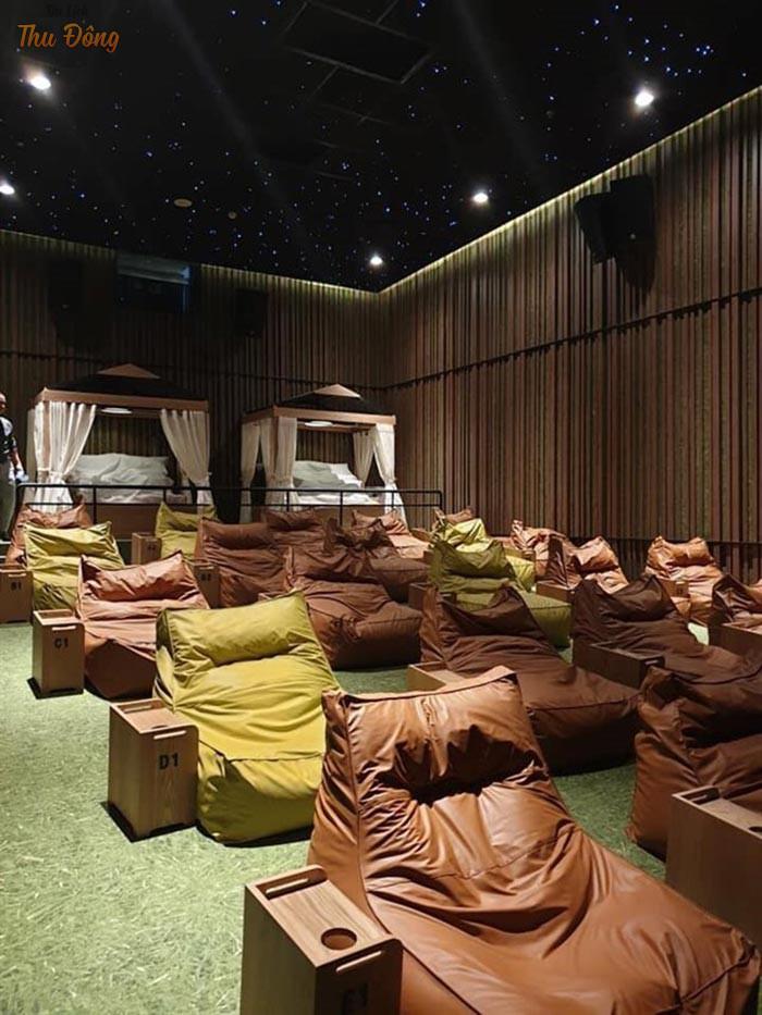 Không gian thưởng thức phim sang trọng, riêng tư