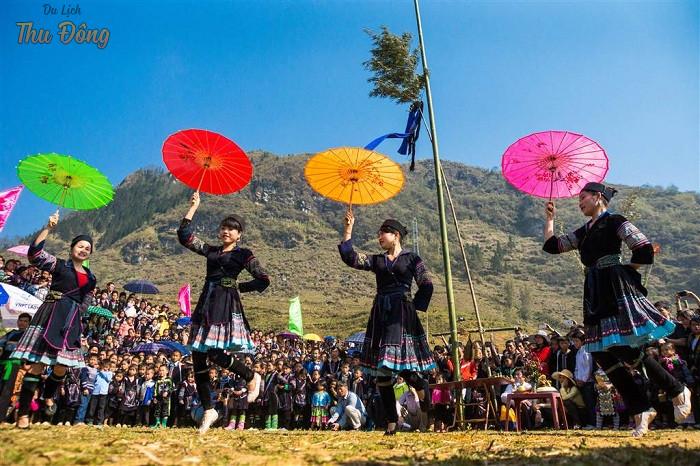 Những điệu nhảy đặc trưng của người Dao