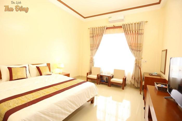 Không gian phòng ngủ khách sạn Royal Hà Giang