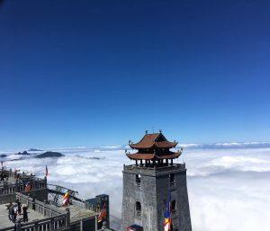 Săn mây ở đỉnh