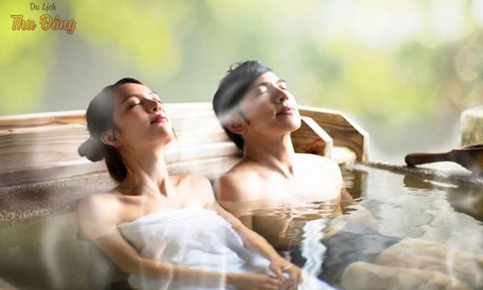 Tắm khoáng nóng mang đến sức khỏe hiệu quả