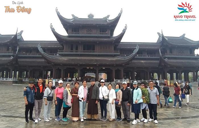Đoàn khách đi tour Tam Đảo - Hà Giang - Tam Chúc - Ninh Bình