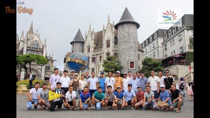 Du lịch Khát Vọng Việt sở hữu đội ngũ nhân viên và hướng dẫn viên nhiệt tình, chuyên nghiệp